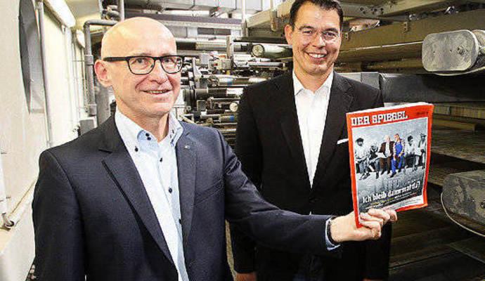 Nachrichtenmagazin der spiegel wird in pforzheim for Spiegel nachrichtenmagazin