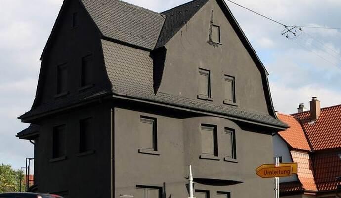 vorwurf ist die schwarze villa in pforzheim ein plagiat nachrichten aus pforzheim bei pz. Black Bedroom Furniture Sets. Home Design Ideas