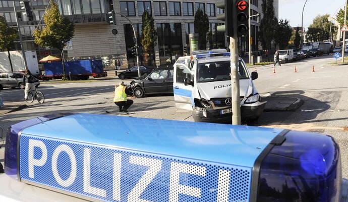 In diesem Haus in Pforzheim kam es zu dem erweiterten Suizid. Foto ...