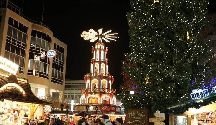 Pforzheimer Weihnachtsmarkt.Willkommen Im Winterzauber Pforzheims Weihnachtsmarkt Eröffnet