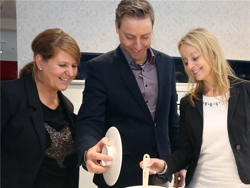 Pforzheimer Rico Tischer hat sich als Partner von Küche & Co ...