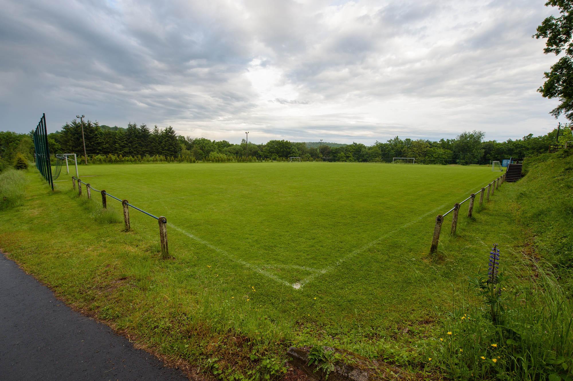 Blitzeinschlag Fussballfeld
