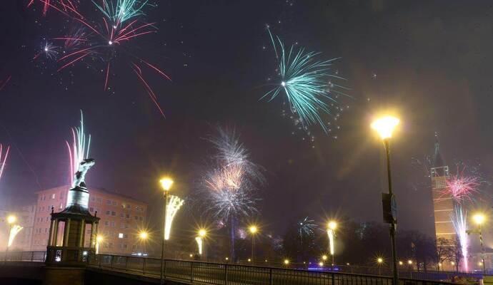 PZ-news wünscht allen Lesern ein frohes neues Jahr! - PZ-news.de ...