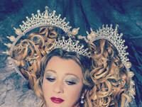 Extravagante Brautfrisur Modell Laura Wird Zur Prinzessin Aus