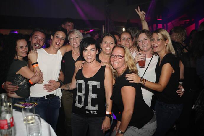 flört u30 party