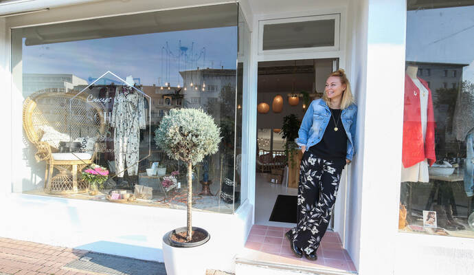Das gesch ft der besonderen art schaufenster concept for Laden schaufenster