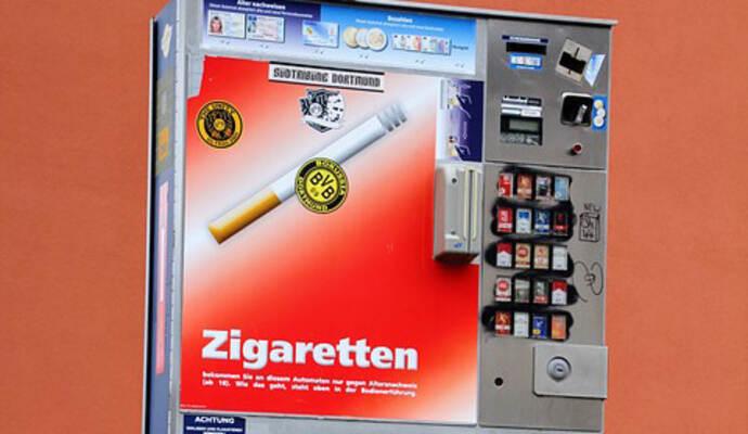 diebe klauen kompletten zigarettenautomat nachrichten aus baden w rttemberg aktuell bei pz. Black Bedroom Furniture Sets. Home Design Ideas