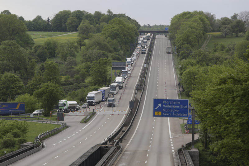 Sperrung Autobahn A8