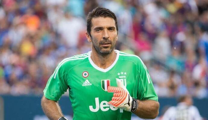 Wechselt Gianluigi Buffon nach Paris? Foto: Mike Lawrence