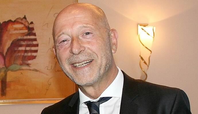 dcdecb2e421b2c Ekkehard Haase setzt im Möbelzentrum Birkenfeld auf Kundenbindung per  Event. Foto  Privat