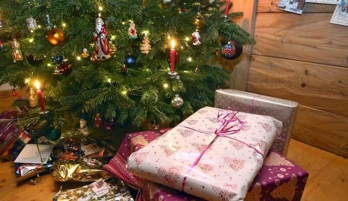 Weihnachtsbaum Kaufen Pforzheim.Deutsche Kaufen Weihnachtsgeschenke Immer öfter Im Internet