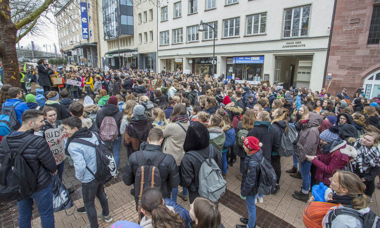 Schülerdemo Fridays for Future 70
