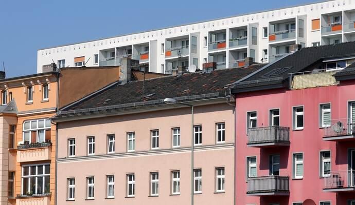 mieterbund will grundrecht auf bezahlbares wohnen