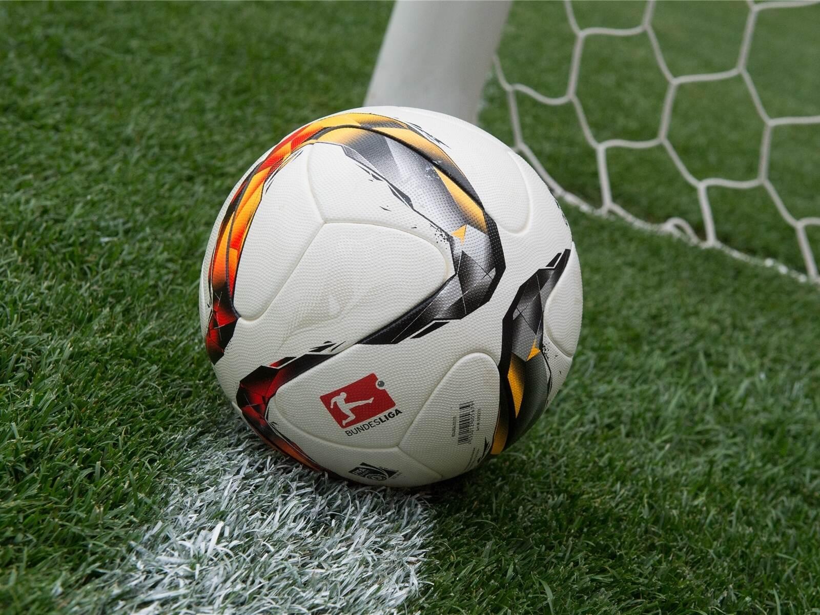 """Freistoß als """"Dosenöffner"""": FC Ispringen verliert beim TSV Reichenbach - pz-news.de"""