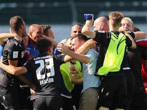 Rettung Des Karlsruher Sc Dank Philipp Hofmann Und Holstein Kiel Sport Pforzheimer Zeitung