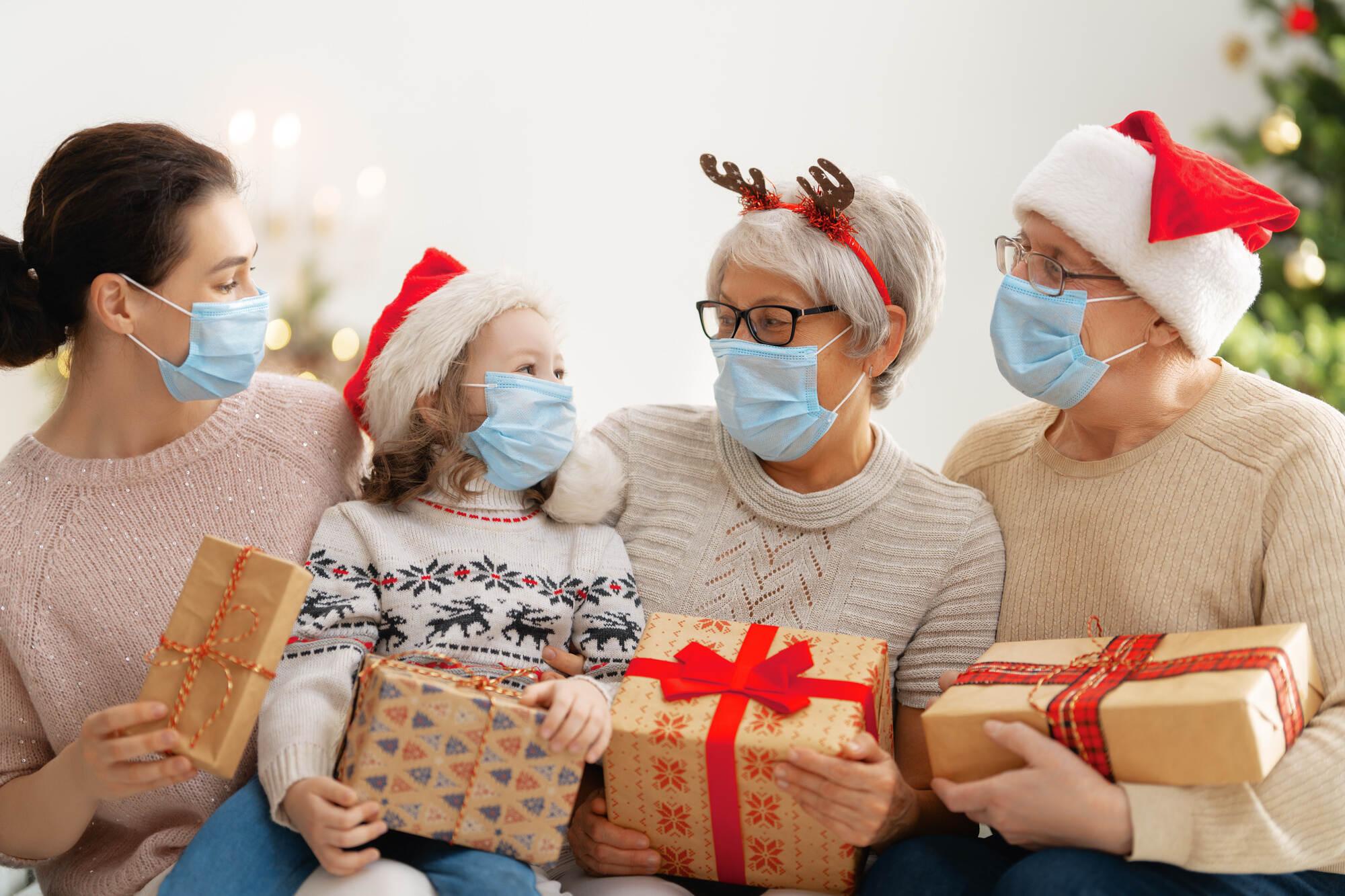 Corona Verordnung Was Ist Eigentlich An Weihnachten Und Silvester In Baden Wurttemberg Erlaubt Region Pforzheimer Zeitung