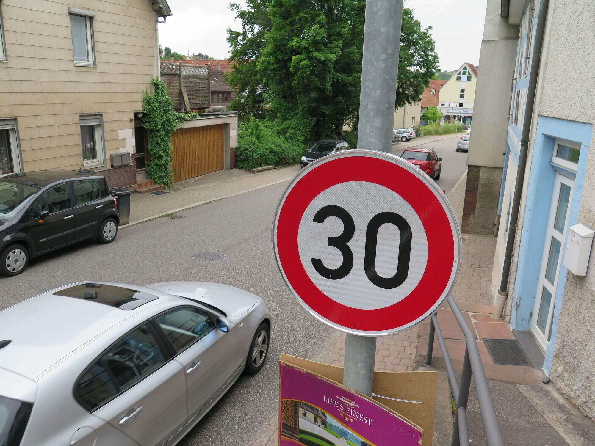 Kommt bald noch mehr Tempo 30 in Dietlingen...